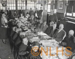 old-folks-dinner-1932